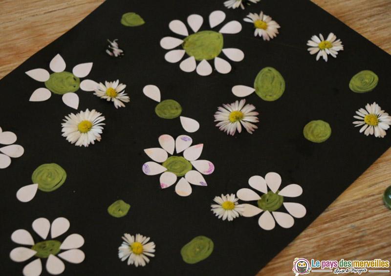 tableau avec des fleurs du printemps par un enfant de 5 ans