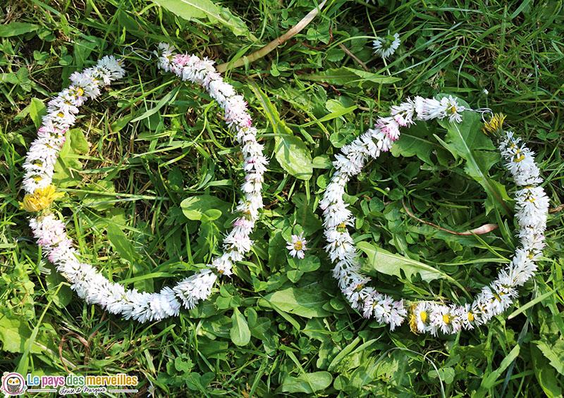 faire une couronne de fleurs avec des pâquerettes