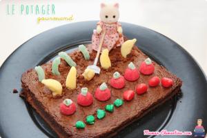 gateau au chocolat avec des bonbons