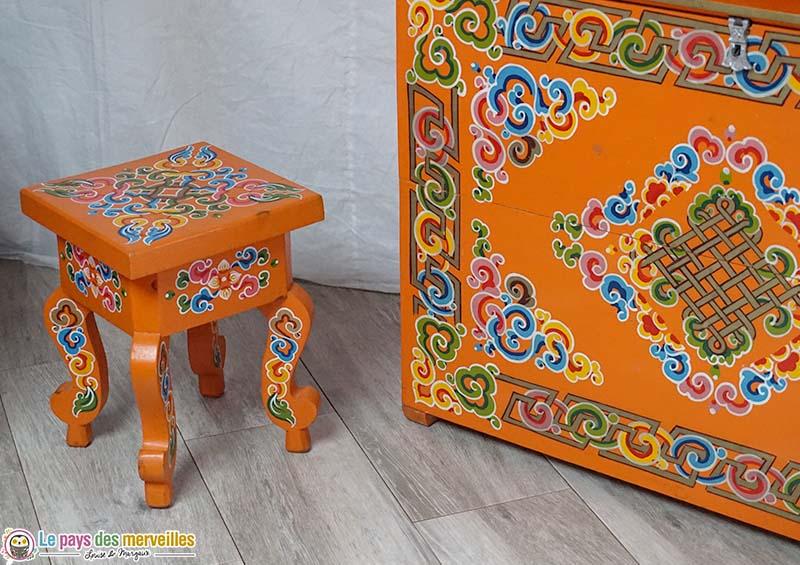 meuble typiquement mongol