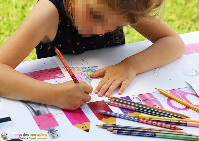 coloriage avec des crayons bicolor de Giotto