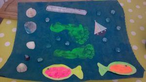 tableau de la mer avec empreinte de pied