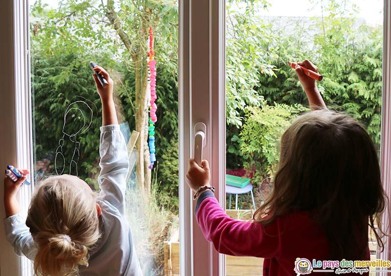 activité manuelle sur une fenêtre
