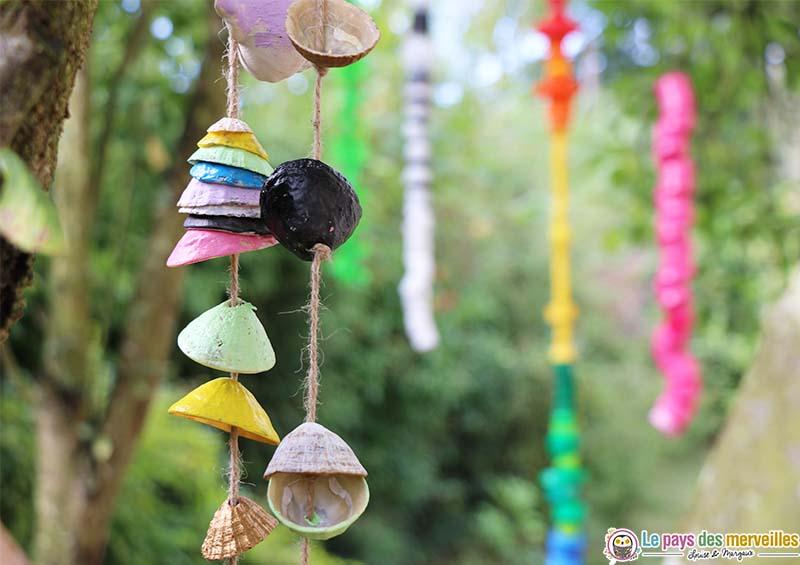 Guirlande de coquillages pour décorer le jardin