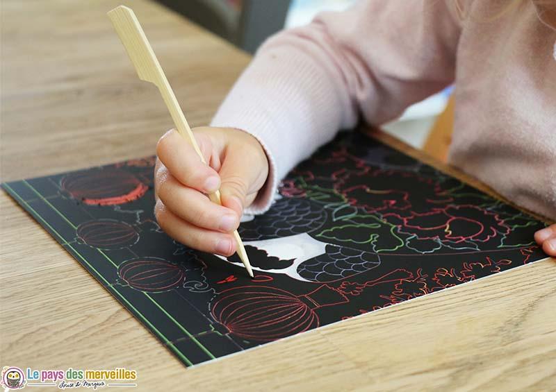 activité carte à gratter enfant de 3 ans