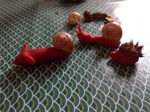 escargots et hérissons en pâte à modeler