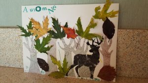tableau automnal en collage de feuilles