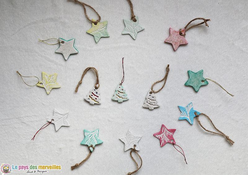 suspensions de Noël en pâte autodurcissante
