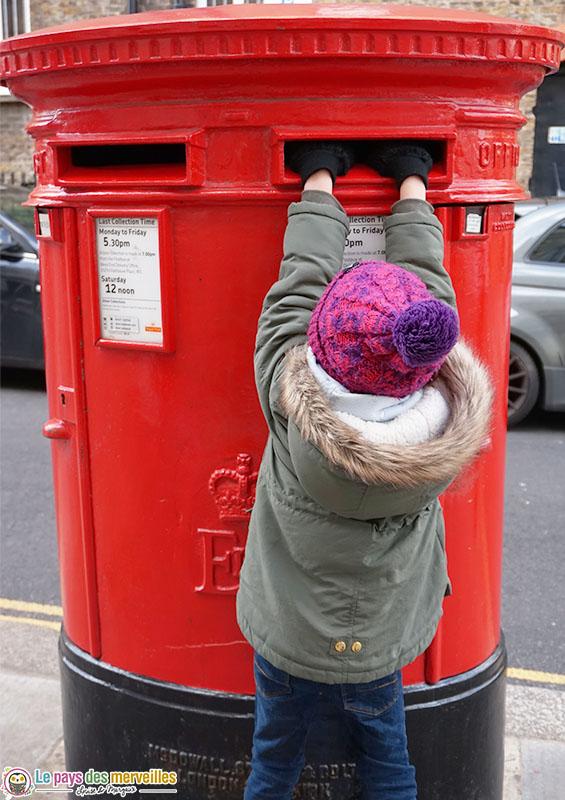 Boite à lettres londonienne