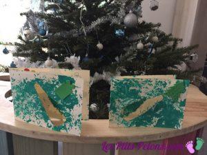Cartes de bonne année peintes avec une branche de sapin