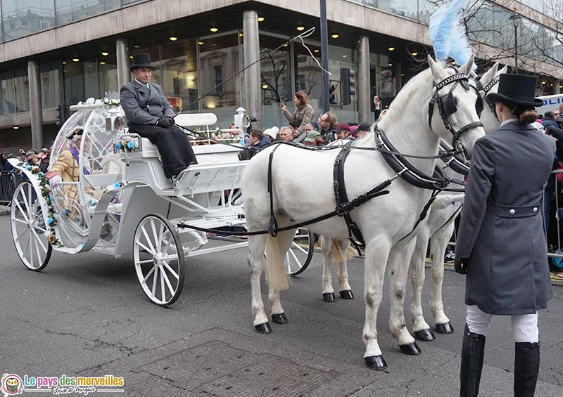 Chevaux lors de la parade du nouvel an à Londres