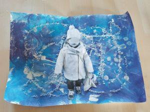 Oeuvre d'hiver avec la photo de l'enfant