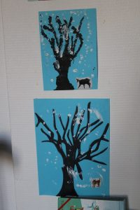 arbres d'hiver à la manière de Seurat, en pointillisme.