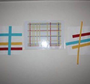 tableau en collage de papier à la manière de Mondrian