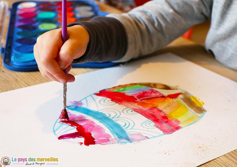 Peindre à l'aquarelle sur du liquide à masquer