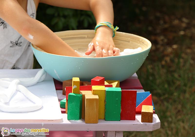 laver des cubes en bois