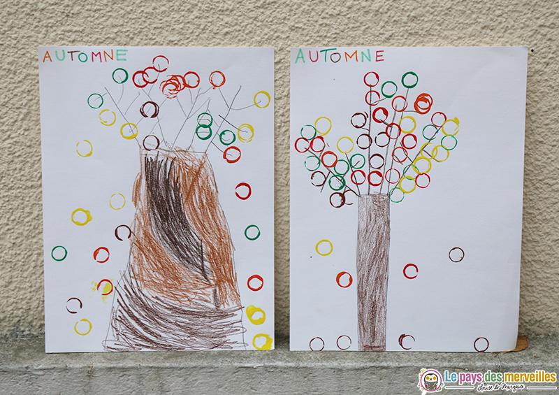 arbre d'automne peint avec des glands