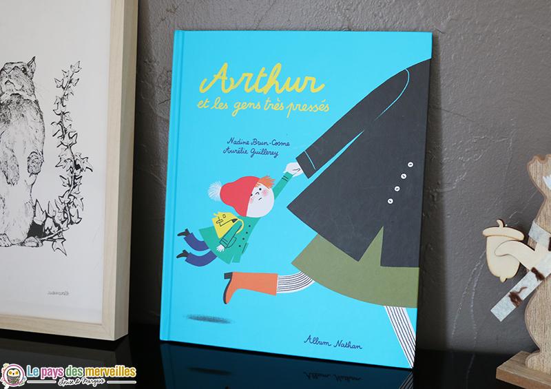 Couverture de l'album Arthur et les gens très pressés