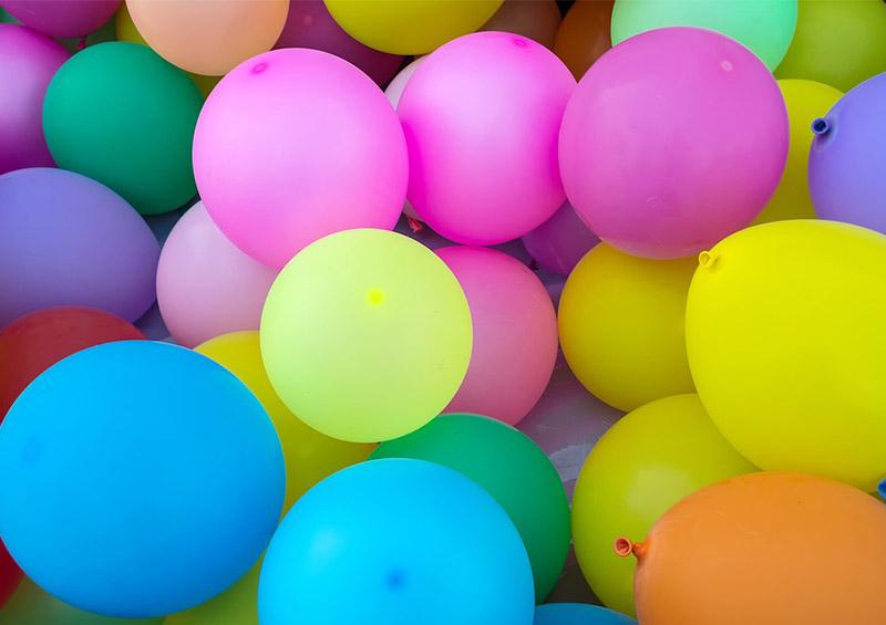 ballons de baudruches colorés