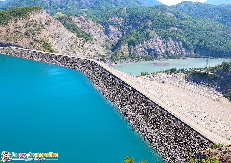 Barrage de Serre-Ponçon et rivière Durance