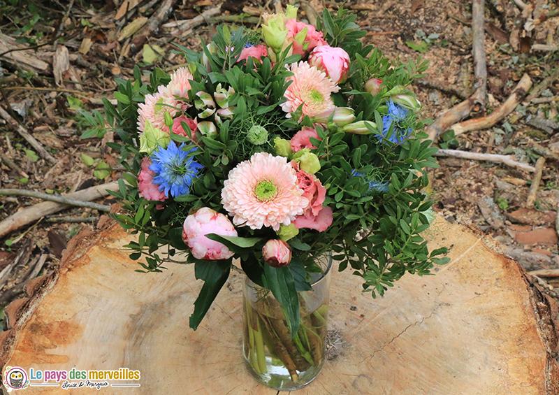 Composition de fleurs pivoines