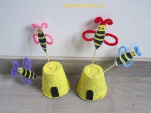 Bricolage abeille en recup'