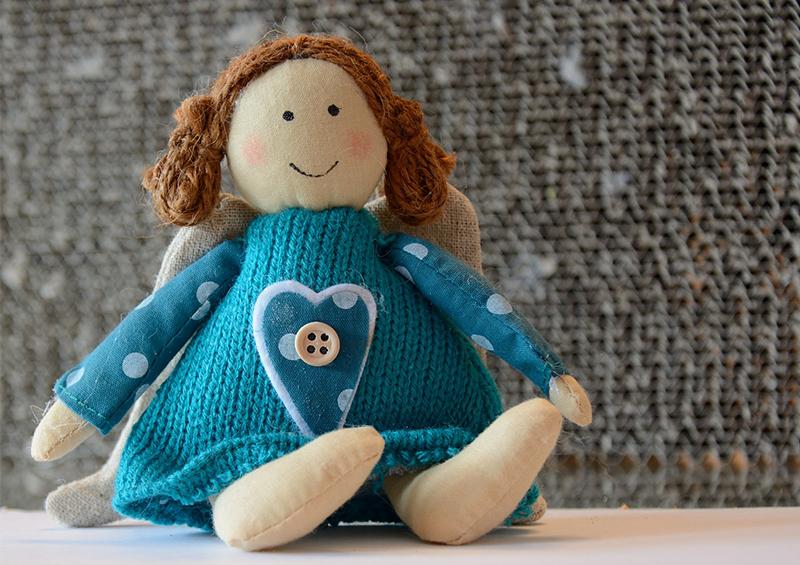 une poupée comme idée de cadeaux pour les tout-petits