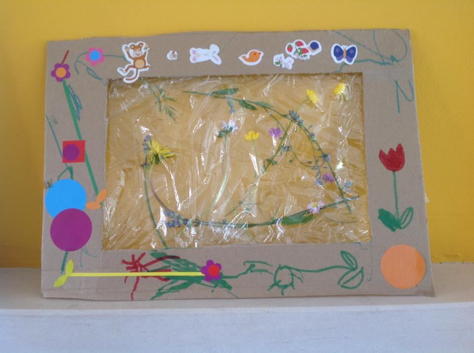 cadre végétal en carton