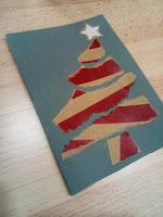 Carte de voeux sapin avec du papier déchiré