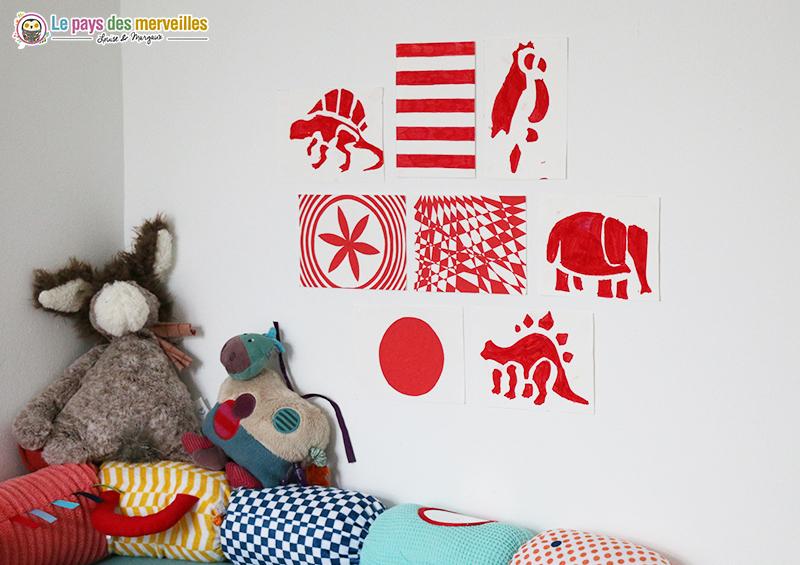 Images contrastées pour bébé rouge et blanc