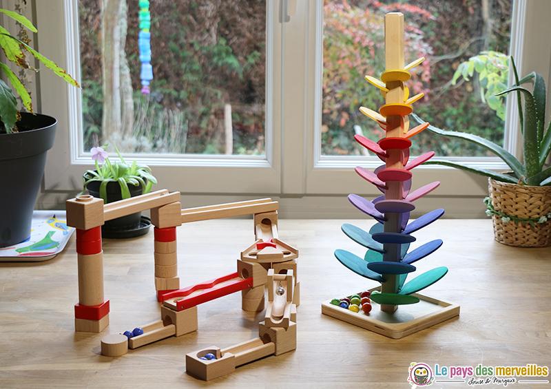 Circuit à billes et arbre en bois musical