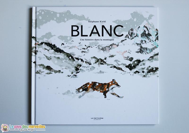 Couverture du livre Blanc une histoire dans la montagne