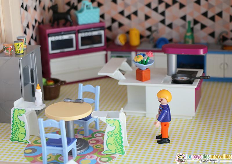 Deco cuisine dans maison playmobil