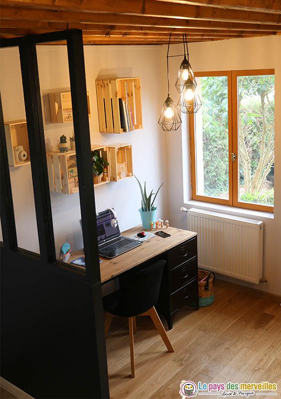 Mon Espace Bureau De Style Industriel Noir Et Bois Brut