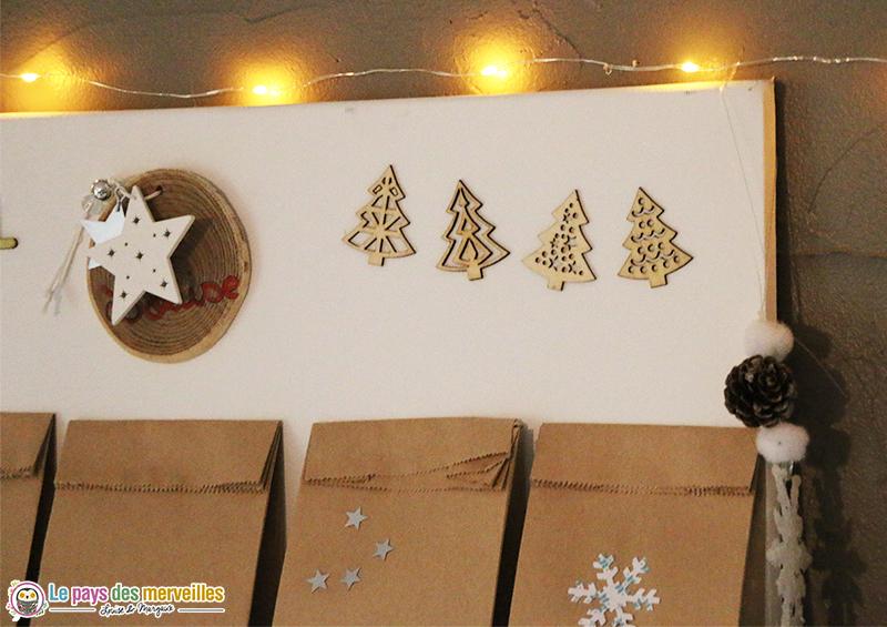 Petit sapins en bois décoratifs