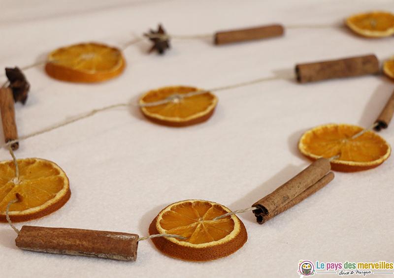 DIY guirlande de Noël avec des oranges