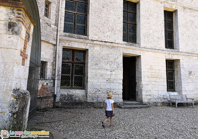Entrée du château d'Harcourt