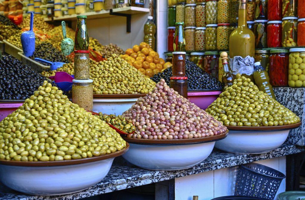 Marché olives épices Maroc
