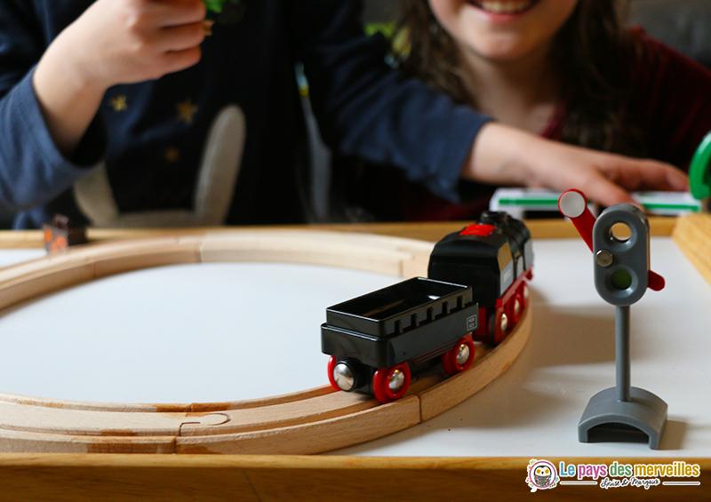 jouet réaliste pour les enfants