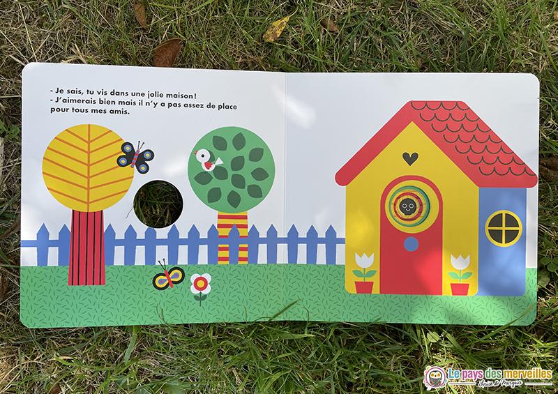 illustrations colorées dans le livre pour enfants Coucou !