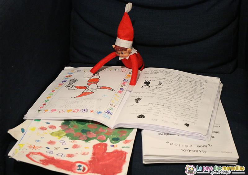 Lutin de Noël et cahier d'école