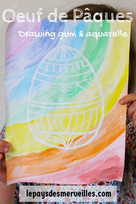 oeuf de Pâques à l'aquarelle et au drawing gum