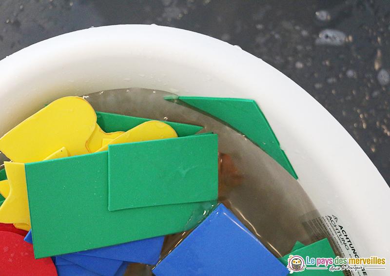 papier mousse dans le bain