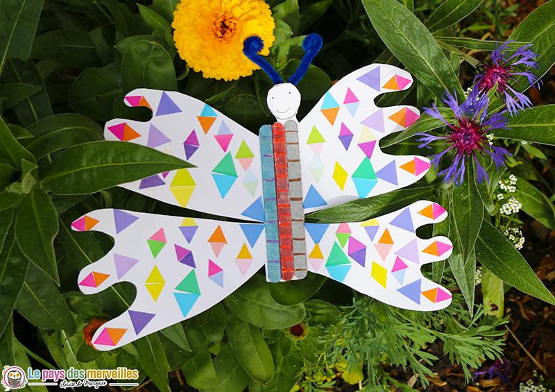 papillon en gommettes enfant de primaire