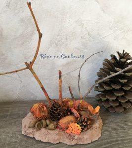 Paysage d'automne avec les trésors de la nature