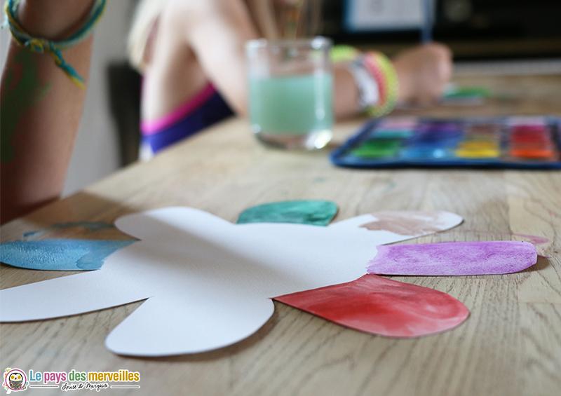 Fleur et peinture aquarelle