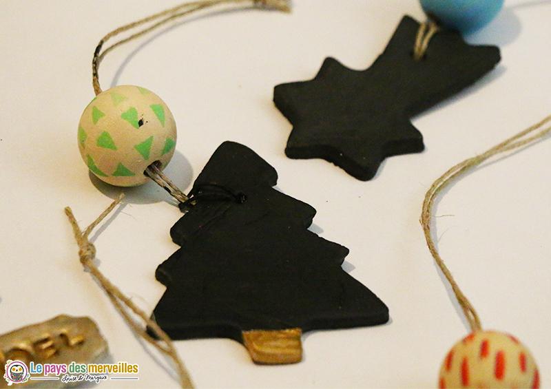 Petites décos de Noël à suspendre dans le sapin