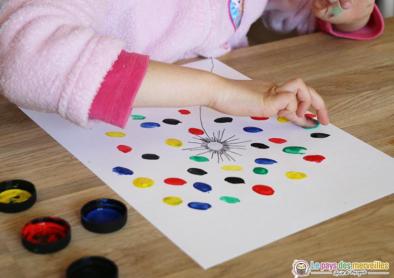 aigrettes de pissenlit peintes avec les doigts