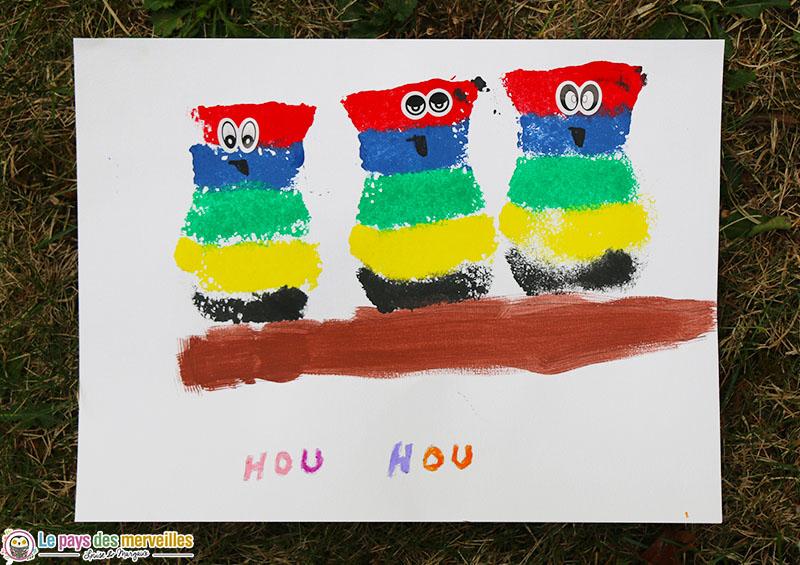 Activité manuelle de peinture à l'éponge pour la maternelle