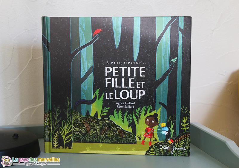conte Petite fille et le Loup aux éditions didier jeunesse